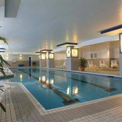 Отель Delta Hotels by Marriott Montreal Канада, Монреаль - отзывы, цены и фото номеров - забронировать отель Delta Hotels by Marriott Montreal онлайн бассейн
