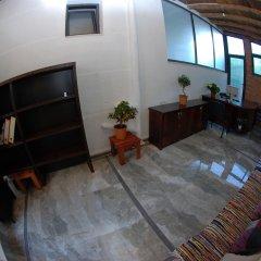 Отель Sunset Hostel Албания, Саранда - отзывы, цены и фото номеров - забронировать отель Sunset Hostel онлайн интерьер отеля