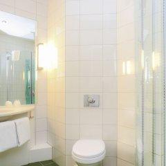 Отель Ibis Kortrijk Centrum Бельгия, Кортрейк - 1 отзыв об отеле, цены и фото номеров - забронировать отель Ibis Kortrijk Centrum онлайн ванная