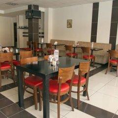 Гостиница Mayak в Челябинске отзывы, цены и фото номеров - забронировать гостиницу Mayak онлайн Челябинск питание