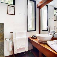 Отель Gangehi Island Resort ванная