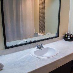 Отель Grand Inn Бангкок ванная