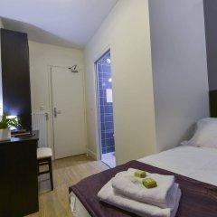 Отель Du Quai De Seine Париж комната для гостей фото 5