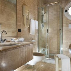 Astoria Suite Hotel ванная фото 4