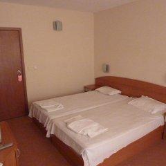 Hotel Saga Равда сейф в номере
