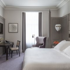 Four Seasons Hotel London at Ten Trinity Square комната для гостей фото 4