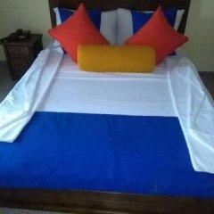 Отель Mahakumara White House Hotel Шри-Ланка, Калутара - отзывы, цены и фото номеров - забронировать отель Mahakumara White House Hotel онлайн комната для гостей фото 3