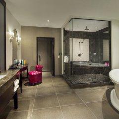 Отель The LINQ Hotel & Casino США, Лас-Вегас - 9 отзывов об отеле, цены и фото номеров - забронировать отель The LINQ Hotel & Casino онлайн ванная