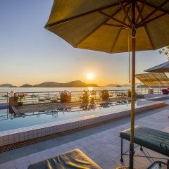 Отель Kantary Bay Hotel, Phuket Таиланд, Пхукет - 3 отзыва об отеле, цены и фото номеров - забронировать отель Kantary Bay Hotel, Phuket онлайн бассейн фото 2