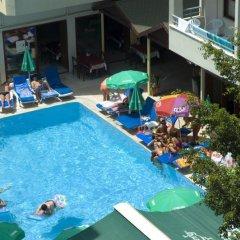 Glaros Hotel бассейн