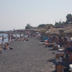Отель Maria Mill Studios Греция, Остров Санторини - 1 отзыв об отеле, цены и фото номеров - забронировать отель Maria Mill Studios онлайн пляж фото 2
