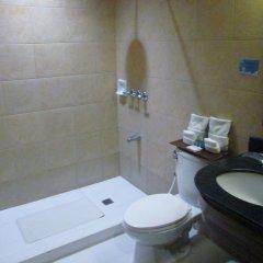 Отель Microtel by Wyndham Boracay Филиппины, остров Боракай - 1 отзыв об отеле, цены и фото номеров - забронировать отель Microtel by Wyndham Boracay онлайн ванная
