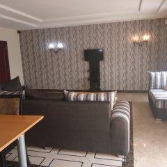 Отель Adig Suites Нигерия, Энугу - отзывы, цены и фото номеров - забронировать отель Adig Suites онлайн питание фото 3