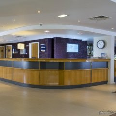 Отель Holiday Inn Express London Hammersmith интерьер отеля