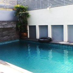 McCoy Beach Jomtien Pattaya Hostel бассейн