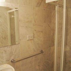 Ashley Hotel ванная