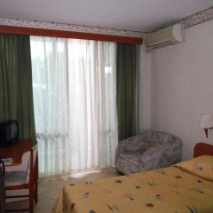 Отель Tintyava Park Hotel Болгария, Золотые пески - отзывы, цены и фото номеров - забронировать отель Tintyava Park Hotel онлайн комната для гостей фото 3