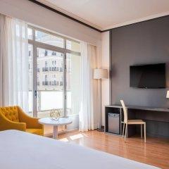 Hotel Madrid Plaza de Espana managed by Melia удобства в номере фото 2