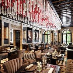 Гостиница Four Seasons Lion Palace St. Petersburg гостиничный бар фото 2