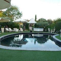 Отель Country House Casino di Caccia бассейн фото 3