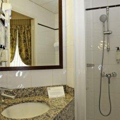 Отель Hôtel des ducs de Bourgogne Париж ванная