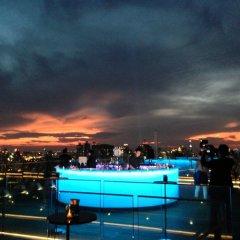 Отель Marriott Sukhumvit Бангкок бассейн фото 2