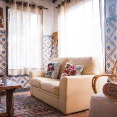 Отель Refúgio do Sol - Mosteiros Португалия, Понта-Делгада - отзывы, цены и фото номеров - забронировать отель Refúgio do Sol - Mosteiros онлайн интерьер отеля