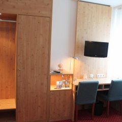 Отель Steichele Hotel & Weinrestaurant Германия, Нюрнберг - отзывы, цены и фото номеров - забронировать отель Steichele Hotel & Weinrestaurant онлайн удобства в номере