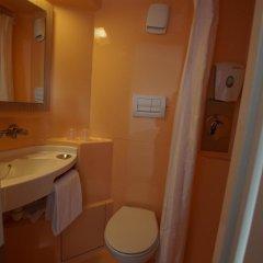 Отель Premiere Classe Saumur Франция, Сомюр - отзывы, цены и фото номеров - забронировать отель Premiere Classe Saumur онлайн ванная