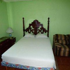 Отель Little Shaw Park Guest House удобства в номере