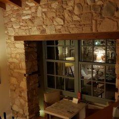Отель Live in the Shadow of the Acropolis Афины гостиничный бар