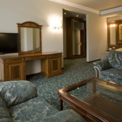 Russia Hotel (Цахкадзор) комната для гостей фото 4