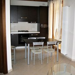 Отель Manerba Del Garda Resort Монига-дель-Гарда в номере фото 2