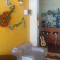 Momos Hostel гостиничный бар