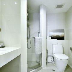 Отель Roomme Hospitality Nang Linchee Branch Бангкок ванная