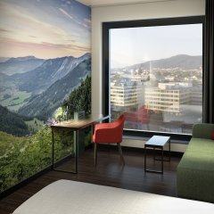 Отель A-Ja Zurich. Das City-Resort. Цюрих балкон