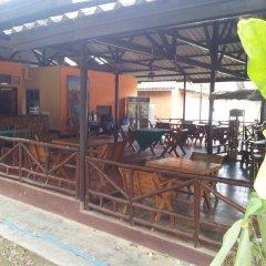 Отель Lanta Scenic Bungalow Таиланд, Ланта - отзывы, цены и фото номеров - забронировать отель Lanta Scenic Bungalow онлайн гостиничный бар