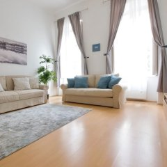 Апартаменты Oasis Apartments - Liberty Bridge II Будапешт комната для гостей фото 3