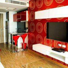 Апартаменты Sixty Six Pattaya Beach Road Apartment Паттайя удобства в номере