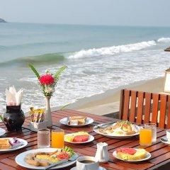 Отель Lomtalay Chalet Resort питание фото 2