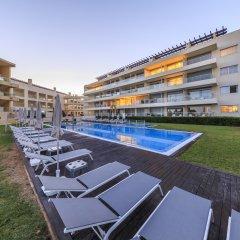 Отель Laguna Resort - Vilamoura Португалия, Виламура - отзывы, цены и фото номеров - забронировать отель Laguna Resort - Vilamoura онлайн бассейн фото 3