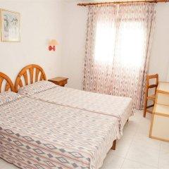 Отель Apartamentos Sol Romantica комната для гостей фото 3