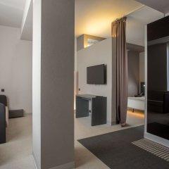Отель Four Elements Hotels Ekaterinburg Екатеринбург комната для гостей фото 3