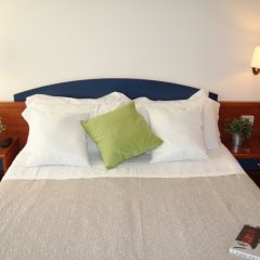 Отель Residence Mimosa Римини комната для гостей