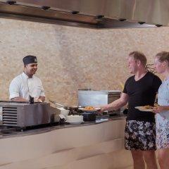 Отель Meeru Island Resort & Spa Мальдивы, Остров Фуранафуши - 10 отзывов об отеле, цены и фото номеров - забронировать отель Meeru Island Resort & Spa онлайн интерьер отеля фото 2