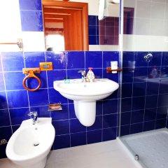 Отель La Casa Rossa Country House Пьяцца-Армерина ванная фото 2