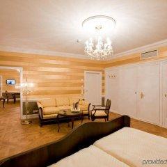 Отель Heliopark Bad Hotel Zum Hirsch Германия, Баден-Баден - 3 отзыва об отеле, цены и фото номеров - забронировать отель Heliopark Bad Hotel Zum Hirsch онлайн помещение для мероприятий фото 2