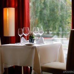 Mamaison Hotel Riverside Prague в номере фото 2