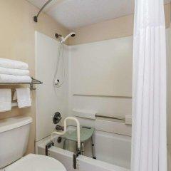 Отель Days Inn by Wyndham Lake City I-75 США, Лейк-Сити - отзывы, цены и фото номеров - забронировать отель Days Inn by Wyndham Lake City I-75 онлайн ванная фото 2