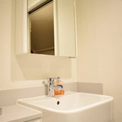 Отель 1 Bedroom Covent Garden Flat Sleeps 4 ванная фото 2